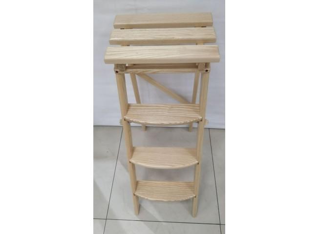 Лестница из массива дерева, цвет: под лак