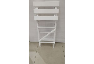 Лестница из массива дерева, цвет: белый