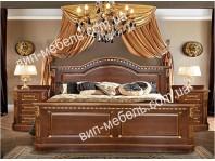 Комплект спальня Монро Голд из массива дуба