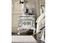 Комплект спальня Патриция из массива дуба